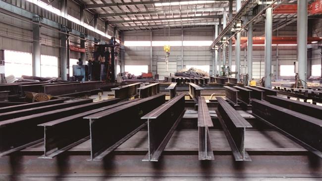 钢结构加工车间全景