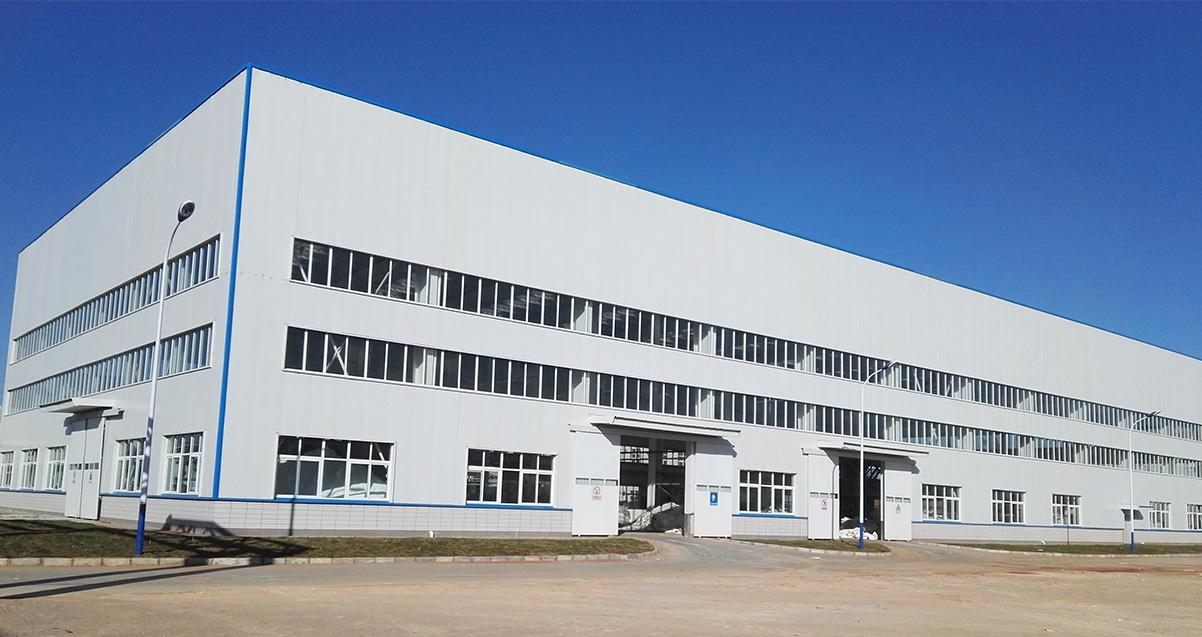 米高化肥生产基地成品库房和包装厂